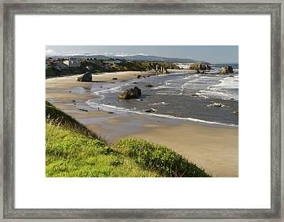 Coastal Views, Bandon, Oregon Framed Print by William Sutton