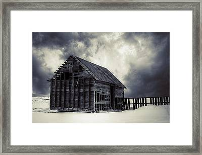 Cold - Bw Framed Print by Thomas Zimmerman