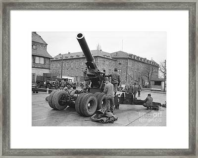 Cold War American Artillery In West Germany Framed Print by The Harrington Collection