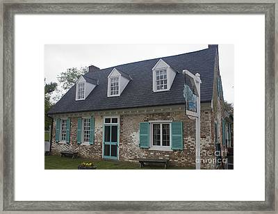 Cole Diggs House Yorktown Framed Print by Teresa Mucha