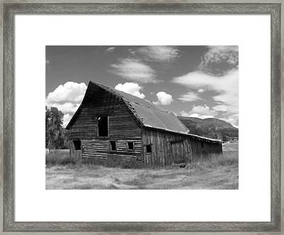 Colorado Barn Framed Print