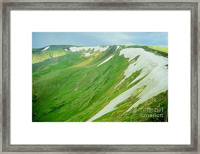 Colorado Snow Vista Framed Print