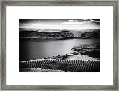Columbia Gorge Framed Print by Niels Nielsen
