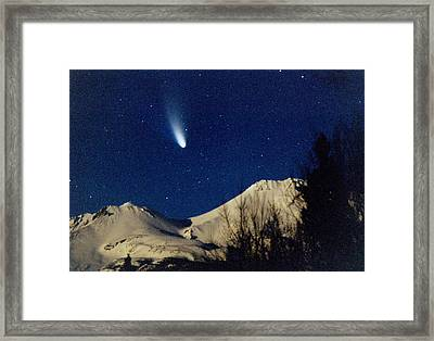 Comet Hale Bopp Rising Over Mount Shasta 01 Framed Print by Patricia Sanders
