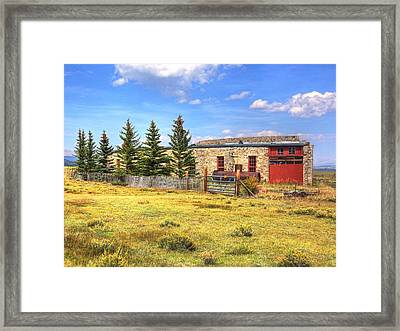 Framed Print featuring the photograph Como Roundhouse by Lanita Williams