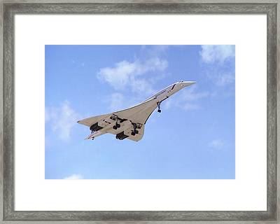 Framed Print featuring the photograph Concorde 04 by Paul Gulliver