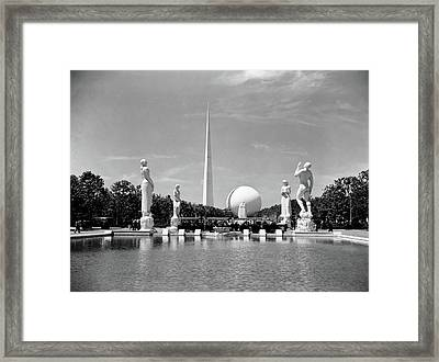 Constitution Mall 1939 Worlds Fair Pond Framed Print