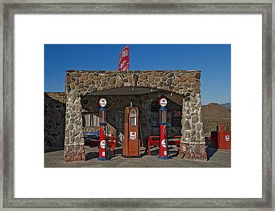 Cool Springs Motel And Store Framed Print