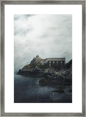 Cornish Cottage Framed Print by Joana Kruse
