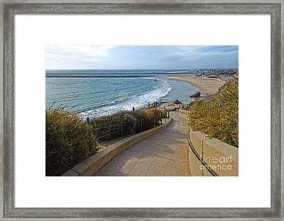Corona Del Mar Beach View - 01 Framed Print by Gregory Dyer