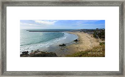 Corona Del Mar Beach View - 02 Framed Print by Gregory Dyer