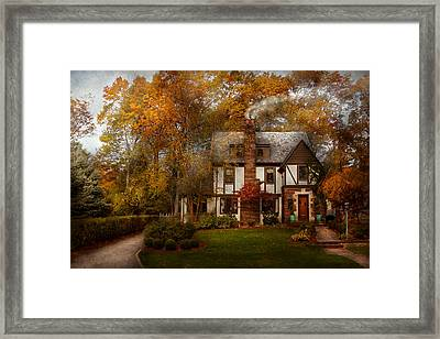 Cottage - Westfield Nj - A Home Like Any Other Framed Print by Mike Savad