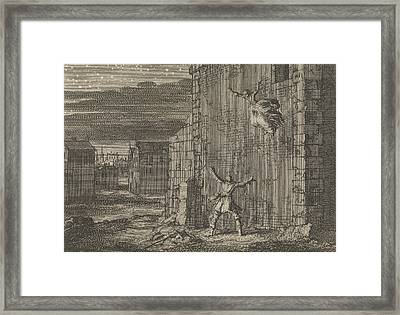Countess Of Aubigny Escaped From Her Prison In London Framed Print