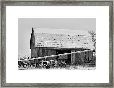 Country Christmas Framed Print by Dan Sproul
