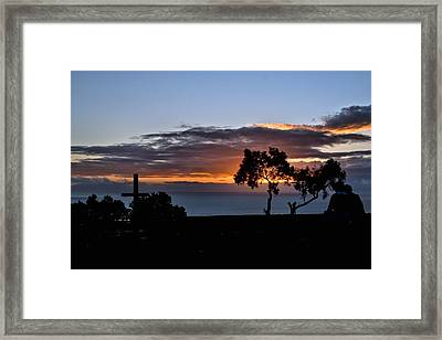 Framed Print featuring the photograph Couple by Michael Gordon