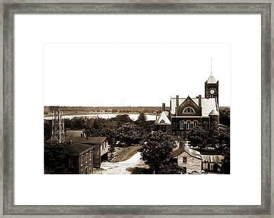 Court House And Lake Eola From Hotel San Juan Framed Print