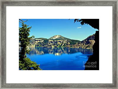 Crater Lake Oregon Framed Print by Leslie Kirk