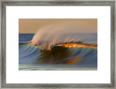 Cresting Wave Mg_0372 Framed Print