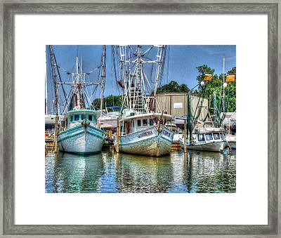 Crimson Tide And Beachcomer Framed Print