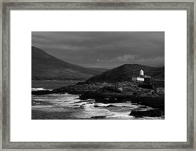 Cromwell Point Lighthouse Framed Print by Peter Skelton