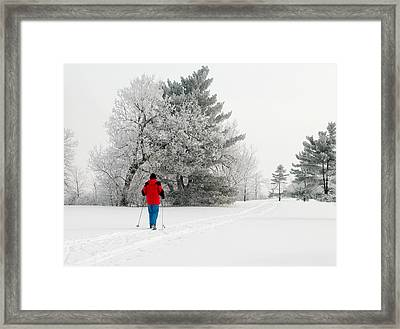 Cross Country Skiing Framed Print by Rob Huntley