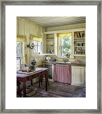 Cross Creek Country Kitchen Framed Print by Lynn Palmer