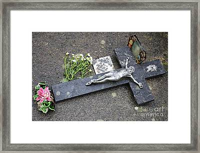 Cross Decorating A Tomb In Graveyard Framed Print by Sami Sarkis