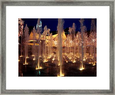 Crown Center Fountain At Christmas Framed Print