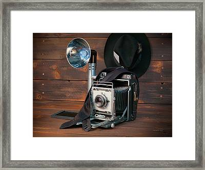 Crown Graphic Framed Print by Leland D Howard