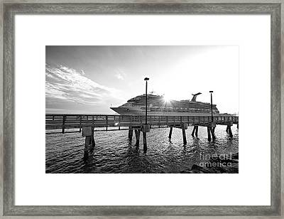 Cruise From South Point Framed Print by Eyzen M Kim