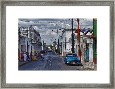 Framed Print featuring the photograph Cuba Traffic by Juergen Klust