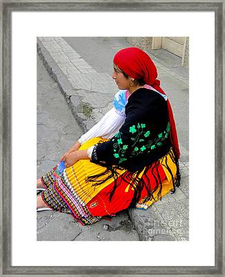 Cuenca Kids 404 Framed Print