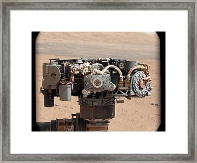Curiosity Rover's Robotic Arm, Mars Framed Print by Science Photo Library