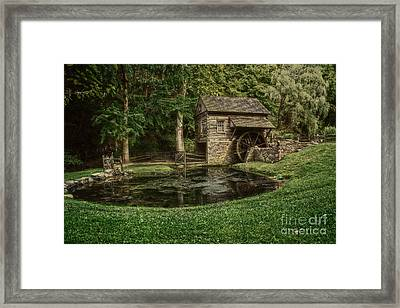 Cuttalossa Farm In Summer I Framed Print by Debra Fedchin