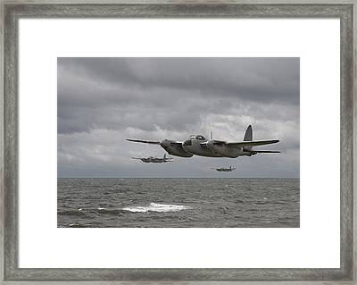 D H Mosquito Framed Print by Pat Speirs