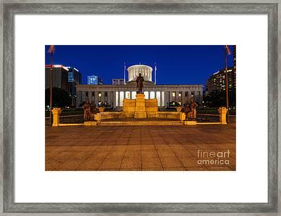D13l112 Ohio Statehouse Photo Framed Print