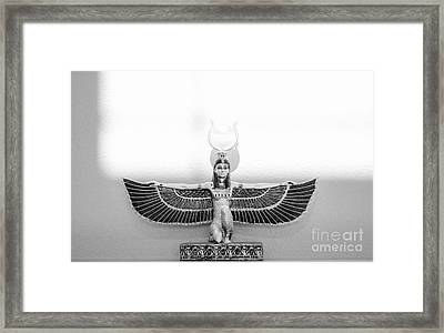 Da 20 B Framed Print by Otri Park