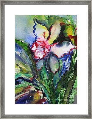 Daffodil 6 Framed Print by Gwen Nichols