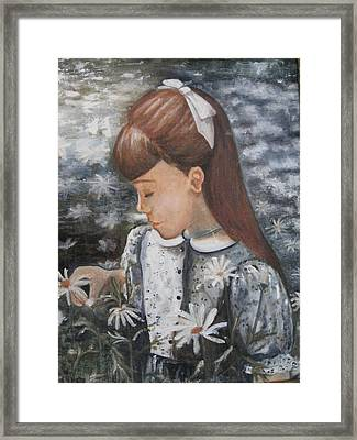 Daisey Girl Framed Print