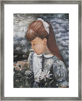 Daisey Girl Framed Print