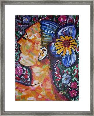 Daisy Framed Print by Linda Vaughon