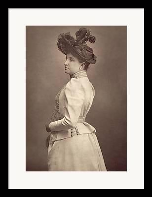 Soprano Photographs Framed Prints