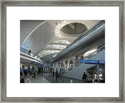 Between Vaults And Parabolae Framed Print