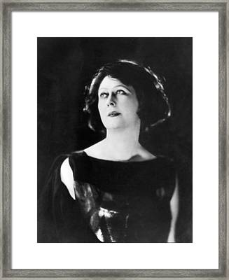 Dance Pioneer Isadora Duncan Framed Print by Underwood Archives