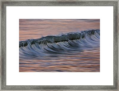 Framed Print featuring the photograph Dawn Wave West 73a8019 by David Orias
