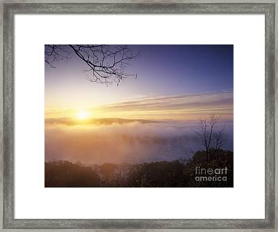 Day Breaks On The Ohio River - Fm000099 Framed Print