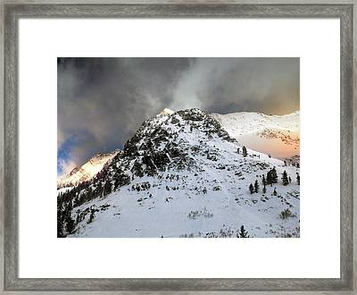 Framed Print featuring the photograph Daybreak On The Mountain by Jim Hill