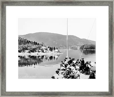 Dayliner At The Narrows In Black And White Framed Print