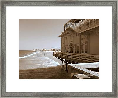Framed Print featuring the photograph Daytona's Eat At Joe's by Jeanne Forsythe
