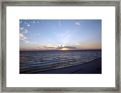 Dazzling Sunset Framed Print by Roe Rader